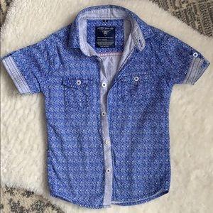 Button up shirt John David